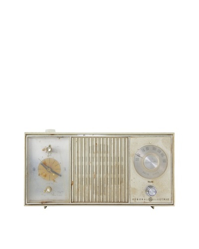 Vintage General Electric Radio, Cream