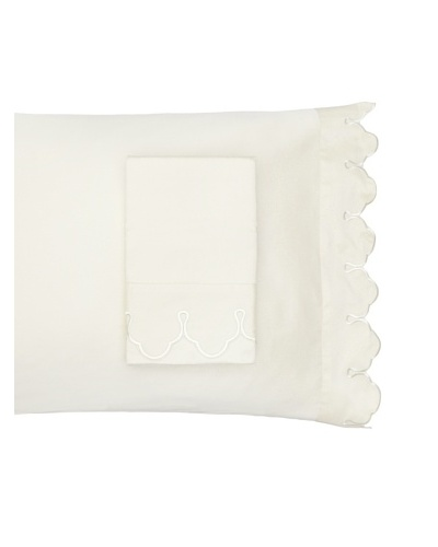 Belle Epoque Pair of Scalloped Embroidered Pillowcases [Cream]