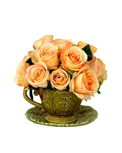 Creative Displays Roses in Tea Cup