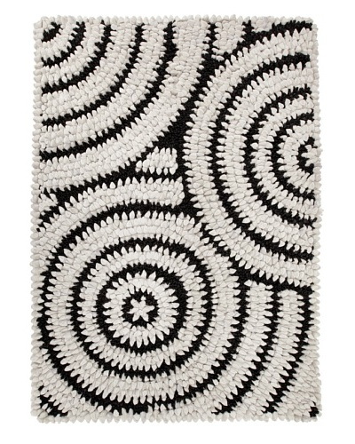 Dreamweavers Rain Drop Rug, Gray/Black, 5' x 7'