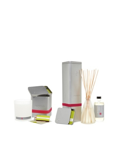 Evoque Currant and Pomegranate Soy Paraffin Candle and Diffuser Kit