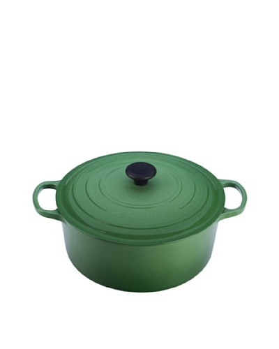 Le Creuset Signature Round French Oven & Bonus Cleaner
