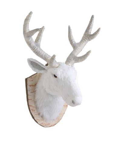 RAZ 17.5 Mounted Deer Head